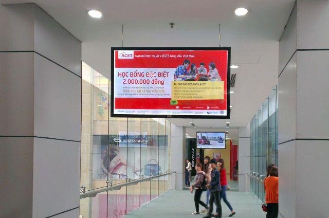 Quảng cáo LCD tại trung tâm thương mại