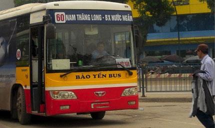 quảng cáo trên xe bus tuyến 60