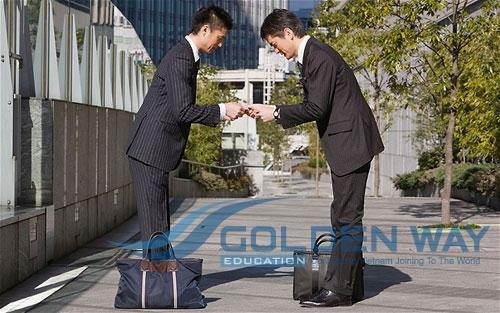 Ứng xử khi giao tiếp của người Nhật